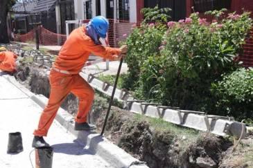 Ghi recorrió obras de pavimentación en Morón sur