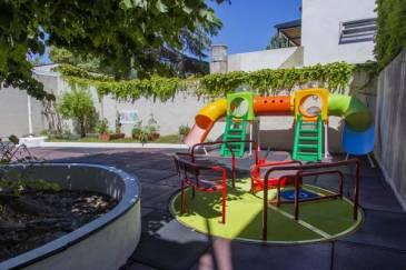 Jorge Macri recorrió el fin de obras del Jardín de infantes Municipal Nº2 de Munro