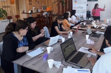 PILAR: Taller de Facebook para Emprendedores