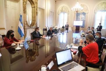 El Presidente encabezó reunión con el grupo de expertos que asesora al Gobierno