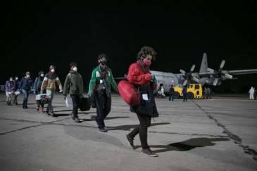 Casi 3.000 argentinos regresarán en 13 nuevos vuelos organizados por la Cancillería