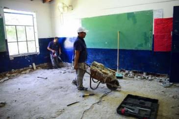 Escobar avanza con obras de infraestructura en 21 escuelas