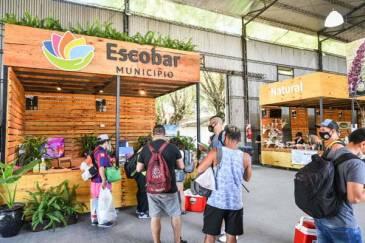 En el Mercado del Paraná, Ariel Sujarchuk participó de una jornada de promoción de la actividad física, la alimentación balanceada y los hábitos saludables