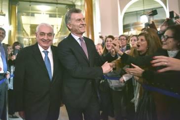 Macri visitó la Bolsa en su 165° Aniversario